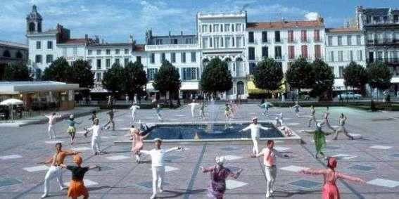 pplace-colbert-juin-1966-trois-mois-durant-rochefort-vecut-au-rythme-du-tournage-photo-cine-tamaris-p